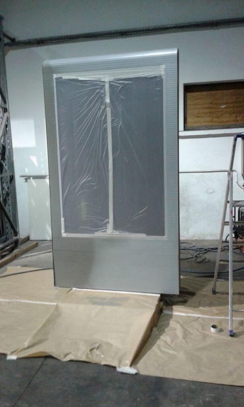 mise en peinture de panneau publicitaire sur site pour la soci t jcdecaux montpellier peintre. Black Bedroom Furniture Sets. Home Design Ideas